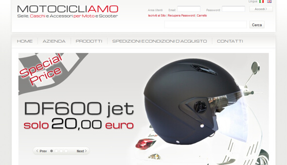 www.motocicliamo.it Selle caschi e accessori per moto e scooter