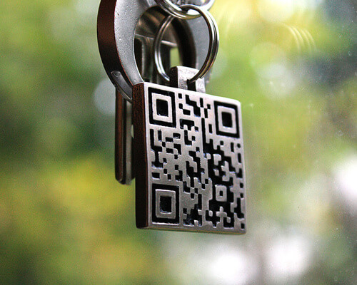 qrkeyring 25 Smart And Creative Ways To Implement QR Codes