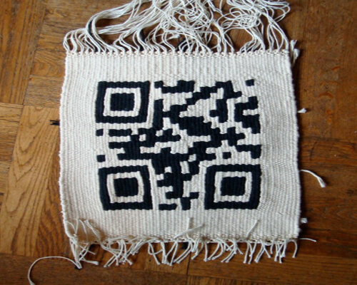 First QR-Code enhanced pixel scarf